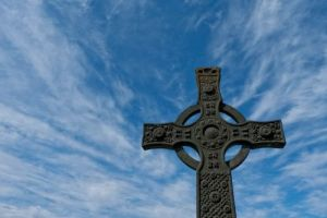 celtic-cross-high-pictures-1la